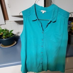 Woman size 2X Collared button down tank top
